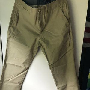 Gap Relaxed Fit Khakis 34x30